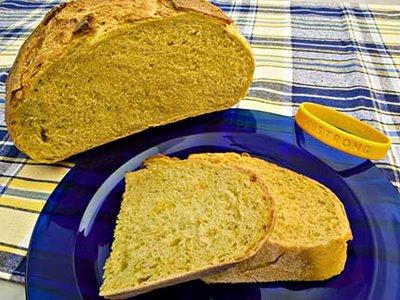 E-Fennel-and-Saffron-Bread