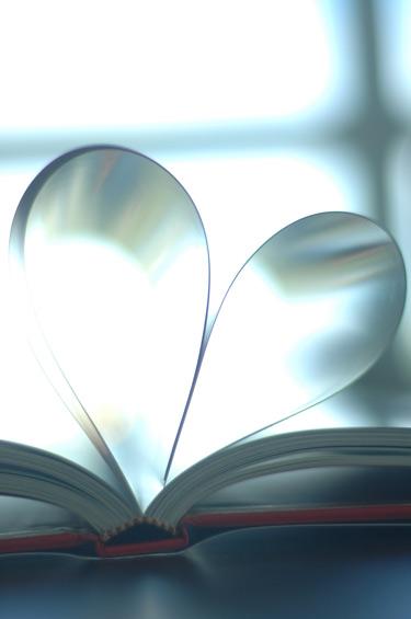 Bookheartpb
