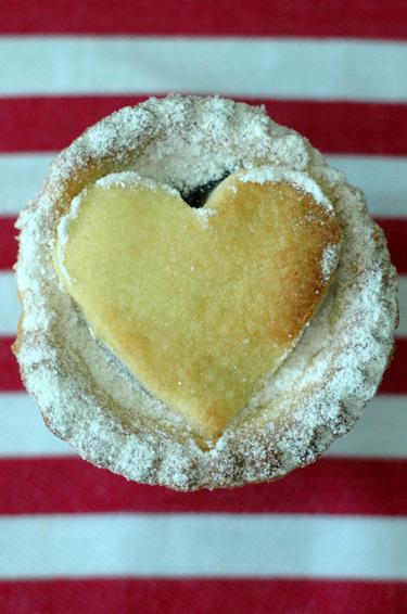 Fruit-mince-heart1