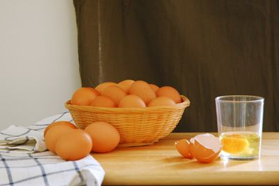 Basket-of-Eggs-Nora-Heysen-