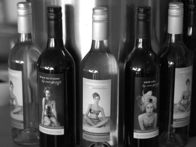 Black-and-white-wine-bottle